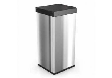 poubelle de cuisine acheter poubelles de cuisine en ligne sur livingo. Black Bedroom Furniture Sets. Home Design Ideas